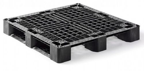 Medium Duty Plastic Pallet Special Price for a pack of 10: £140.00.
